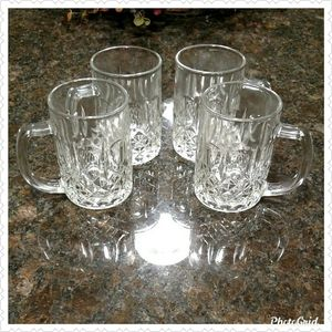Darby Manor Crystal Coffee Mug Set